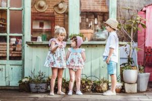 más fabricantes de ropa infantil al por mayor